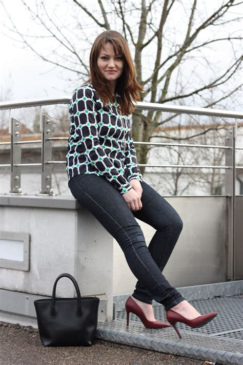 Chic in jeans | Business Style – get inspired