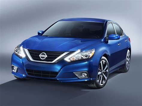 New 2018 Nissan Altima - Price, Photos, Reviews, Safety